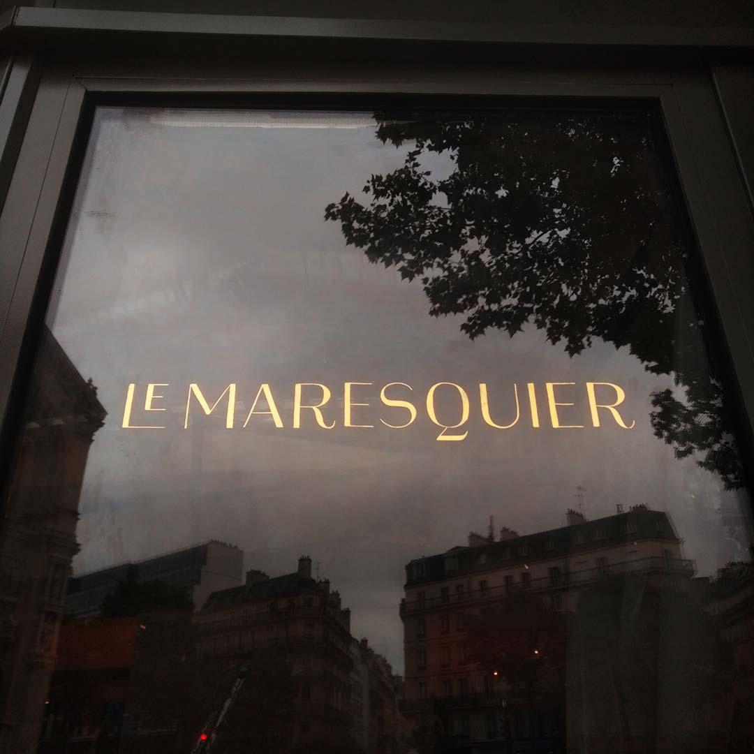 19-lettres-peintes-feuilles-d-or-verre-eglomise-restaurant-paris-1080